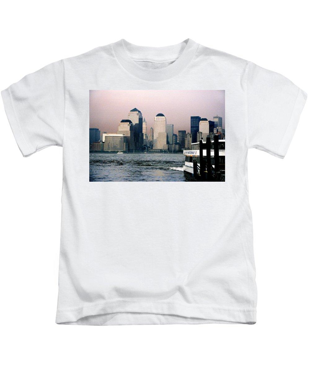 New York Kids T-Shirt featuring the photograph Empty Sky by Steve Karol
