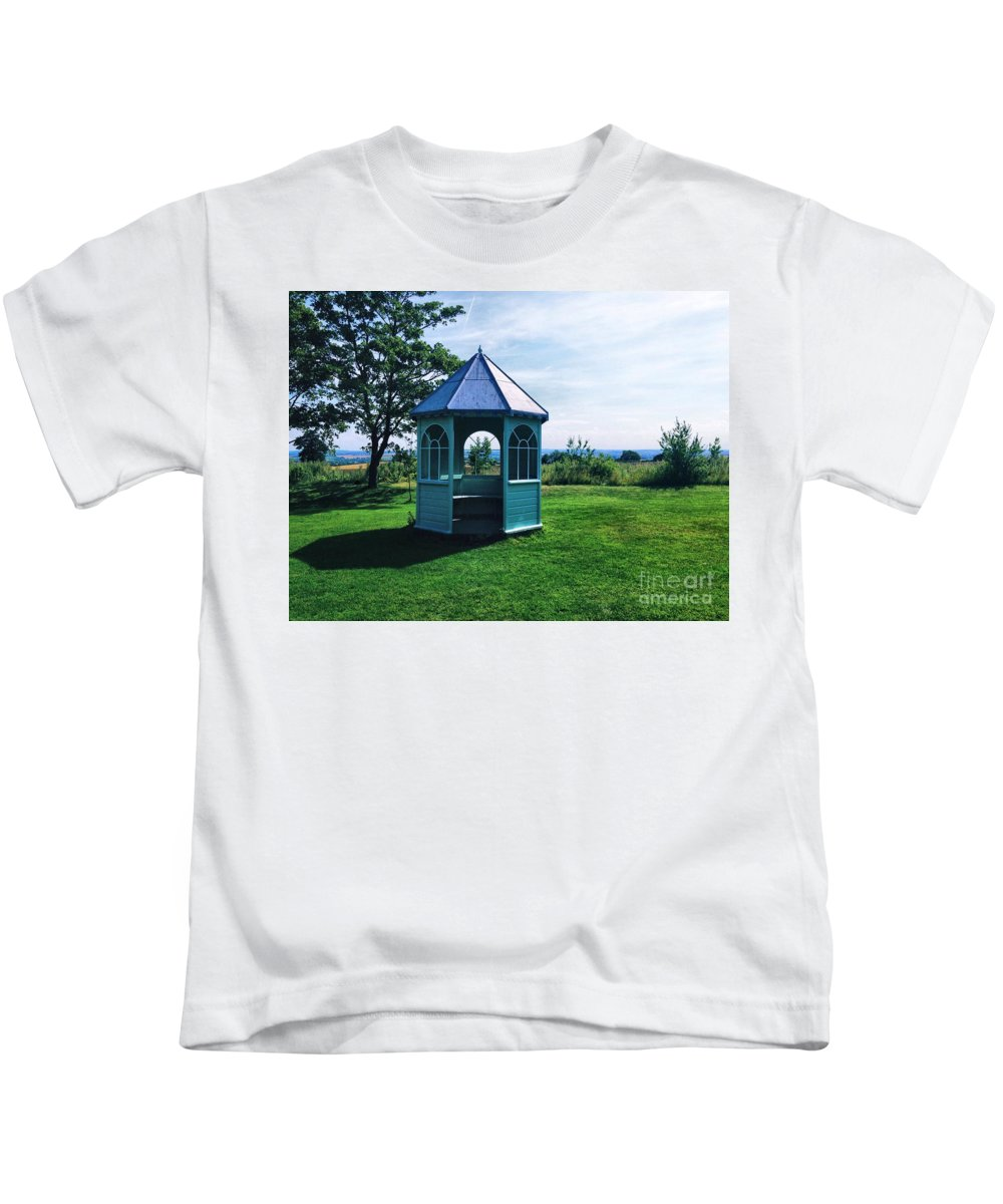 English Kids T-Shirt featuring the photograph English Country Garden by Melissa Stephenson