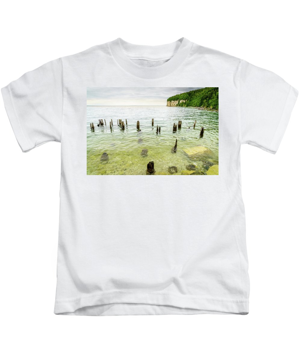 America Kids T-Shirt featuring the photograph Fayette State Park Shoreline by Alexey Stiop