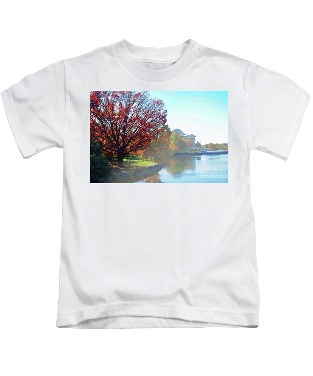 Monument Kids T-Shirt featuring the photograph Fog Over The Potomac by Jost Houk
