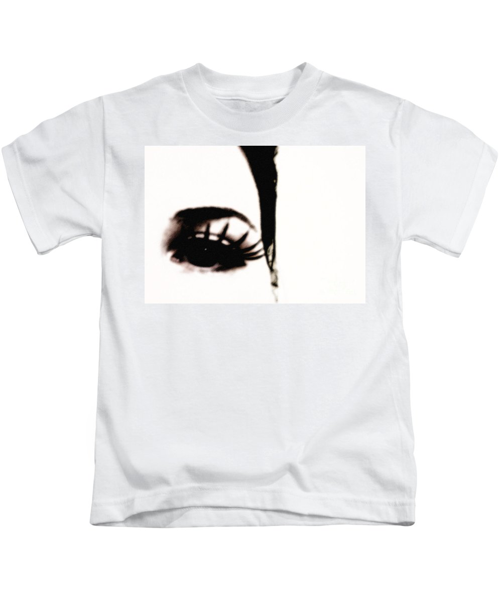 Eye Kids T-Shirt featuring the photograph Hello by Amanda Barcon