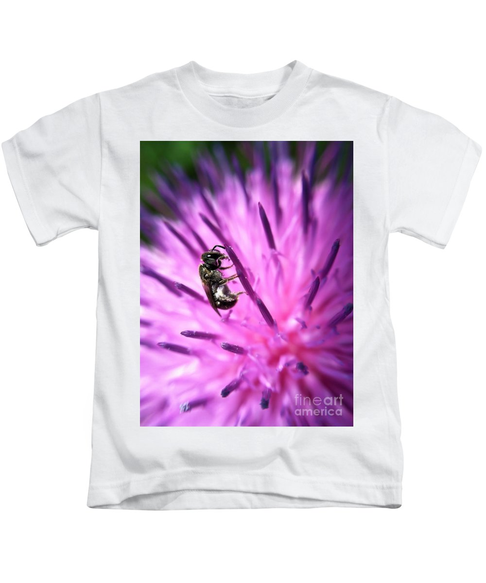 Macro Photography Kids T-Shirt featuring the photograph Holding On by Kerri Farley