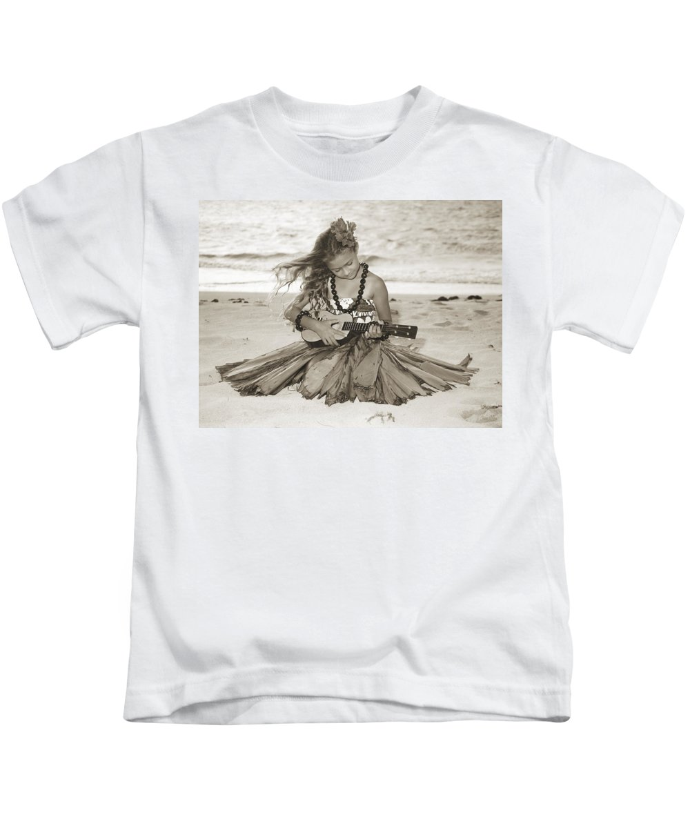 50-csm0089 Kids T-Shirt featuring the photograph Hula Girl by Himani - Printscapes
