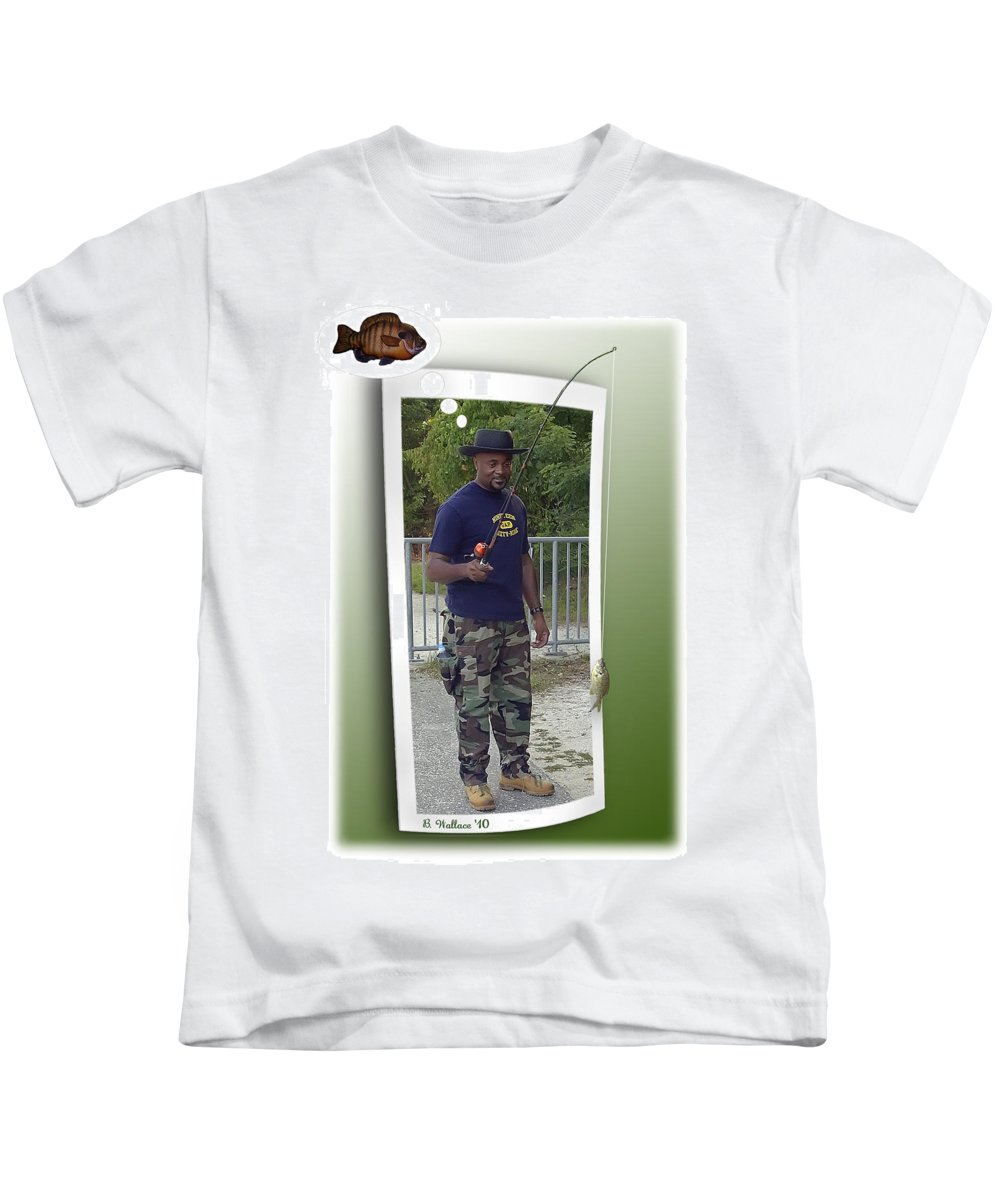 2d Kids T-Shirt featuring the photograph I Thought It Was Bigger by Brian Wallace