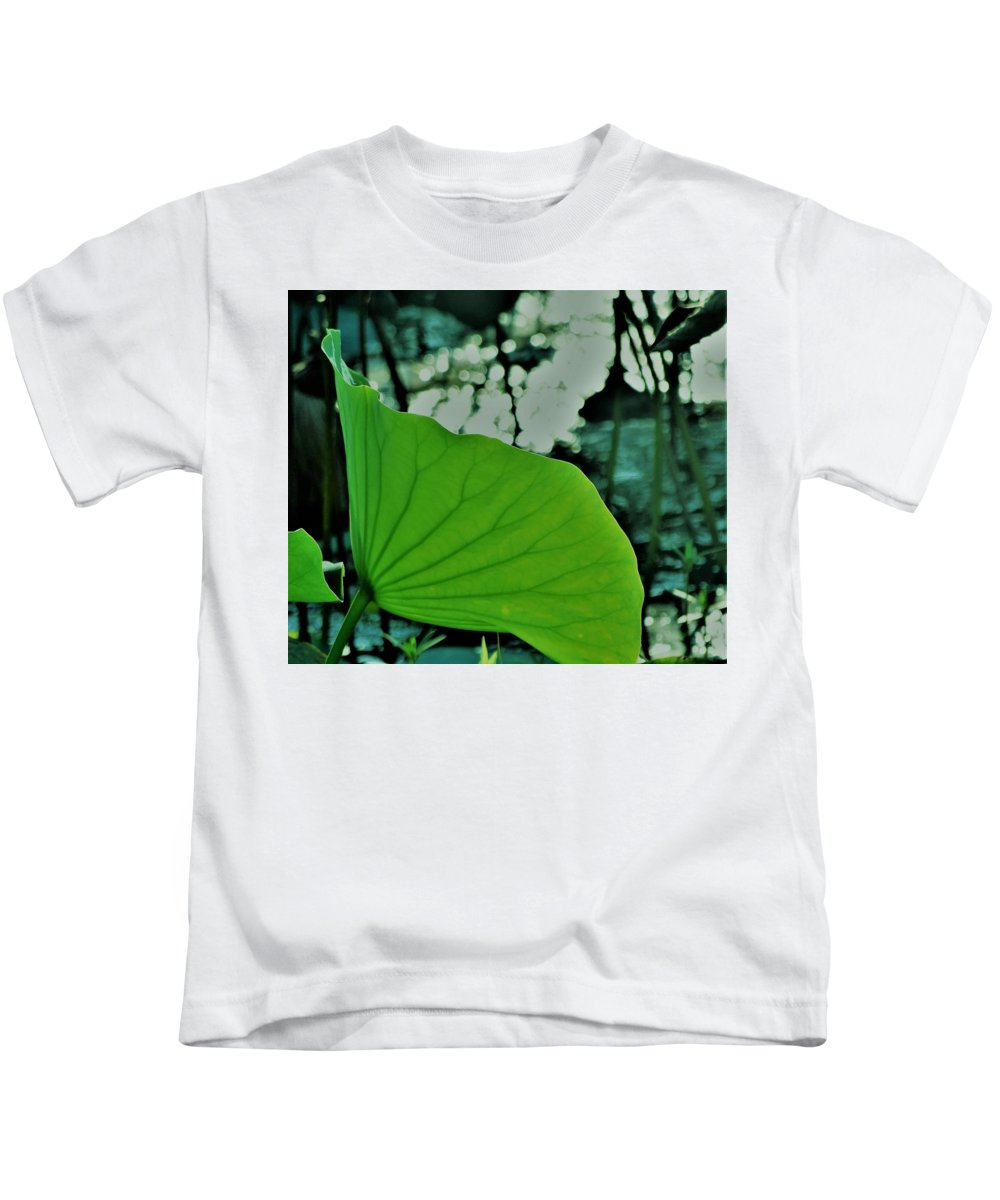 Water Lily Pa Pad Kids T-Shirt featuring the photograph Inner Beauty by John Glass