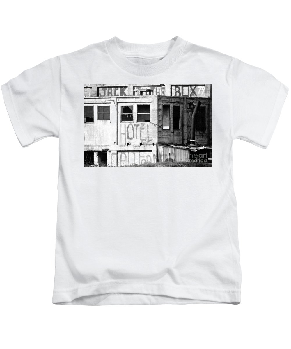 Rural Kids T-Shirt featuring the photograph Jack -in-the-box Wanabee by Norman Andrus