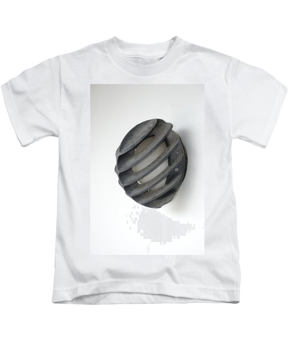 Japanese Kids T-Shirt featuring the photograph Japanese Shell Lamp by Rob Hans