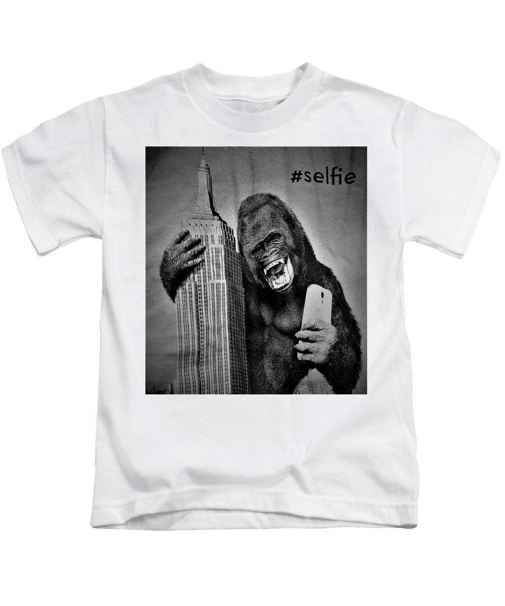 Architecture Kids T-Shirt featuring the photograph King Kong Selfie B W by Rob Hans