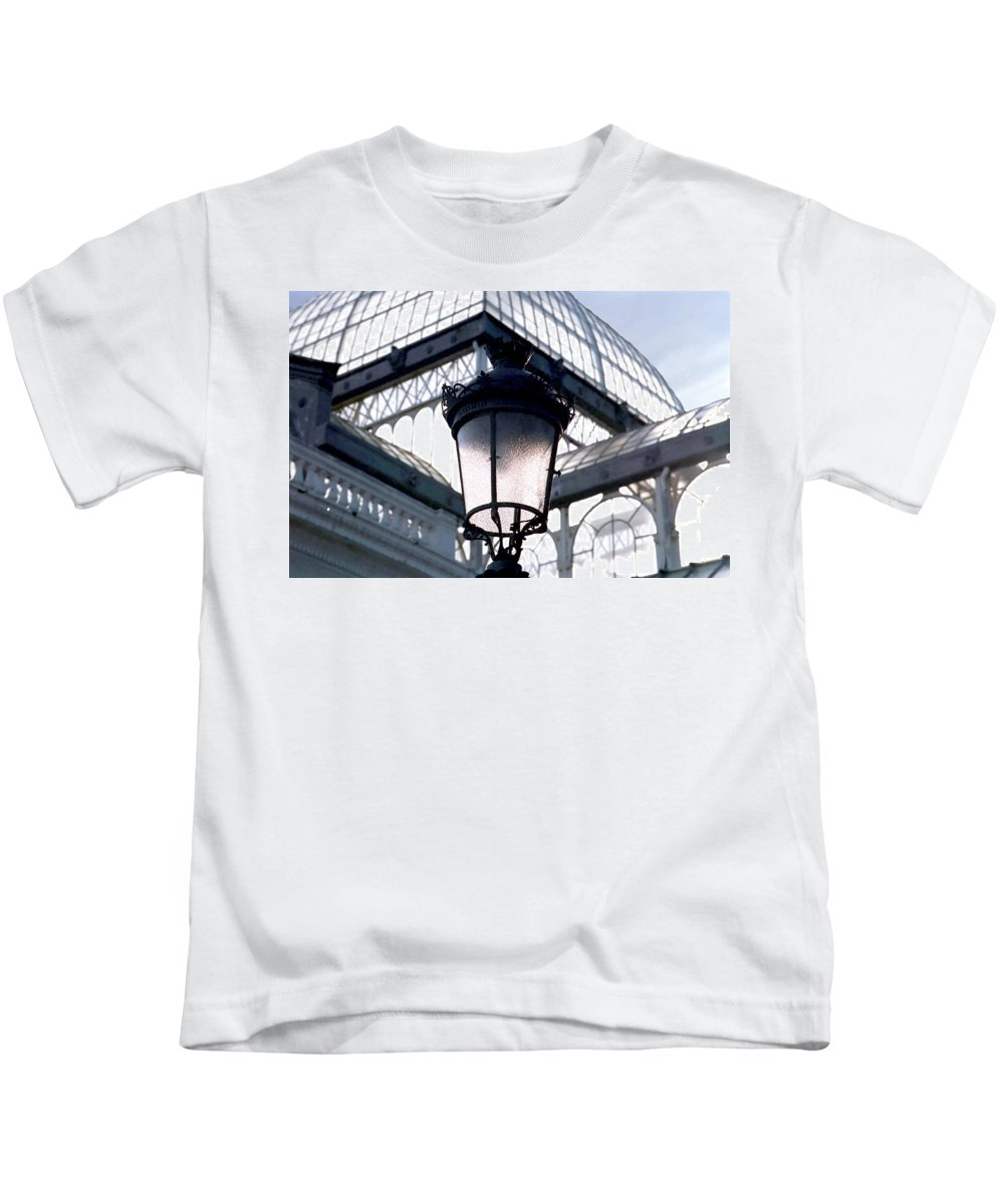 Lantern Kids T-Shirt featuring the photograph Lantern In Front Of The Crystal Palace, Madrid by Alynne Landers