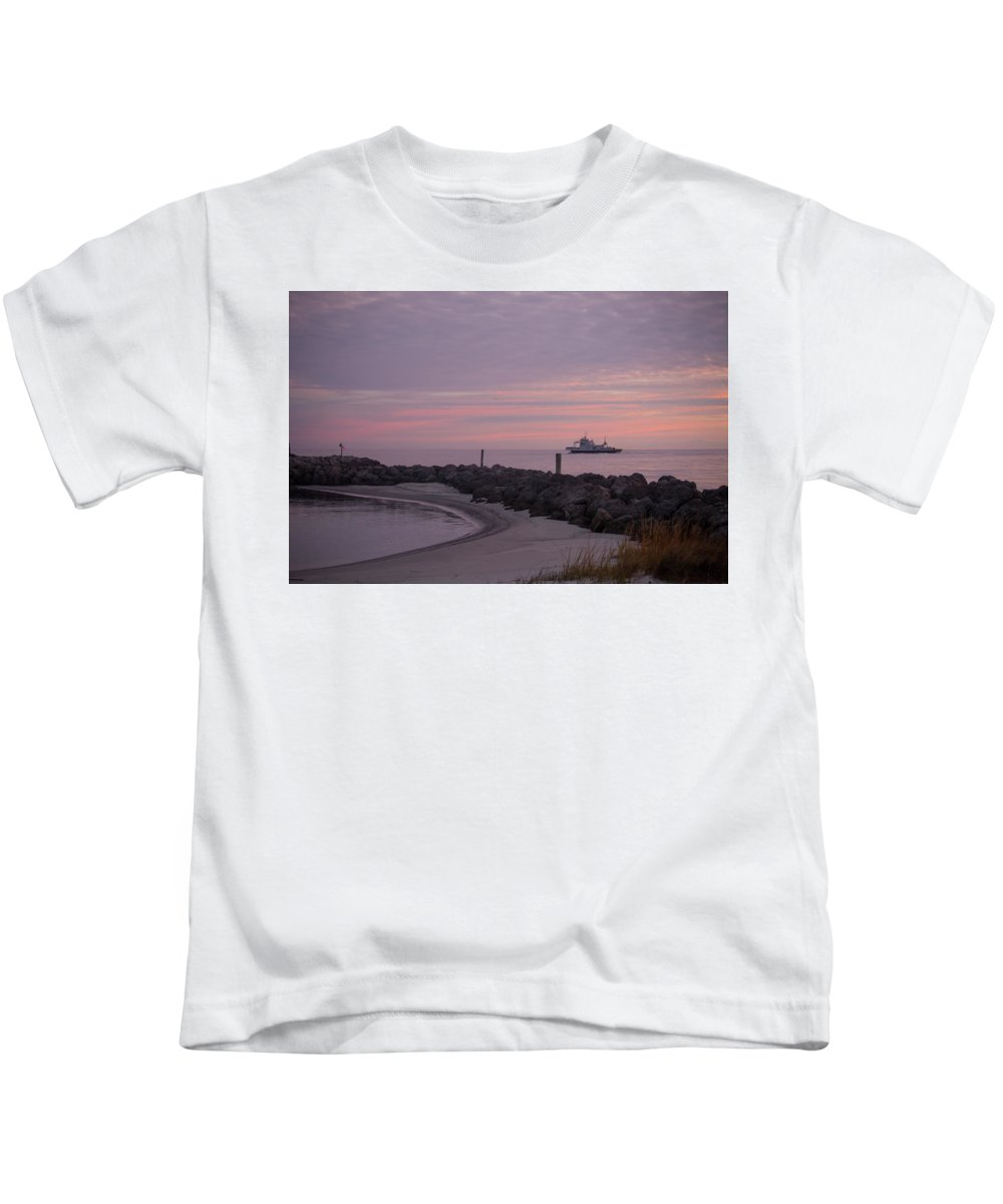 Outer Banks Kids T-Shirt featuring the photograph Morning Crossing by Paula OMalley