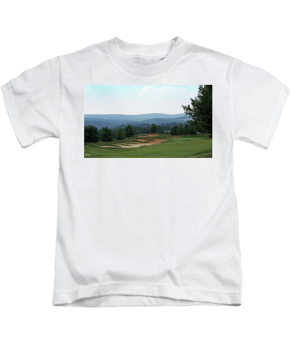 Maryland Kids T-Shirt featuring the photograph Musket Ridge Golf - In The Foothills Of The Catoctin Mountains - Par 5 - 10th by Ronald Reid