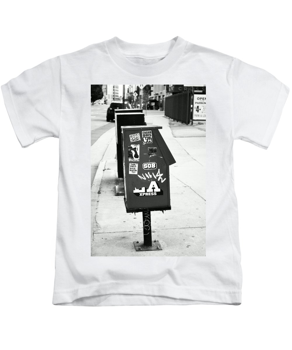 Urban Kids T-Shirt featuring the photograph News by Stephanie Haertling