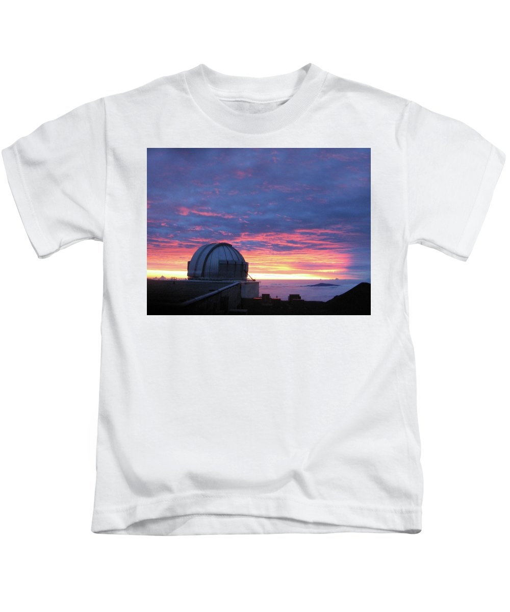 Sunset Kids T-Shirt featuring the photograph Observatory Sunset by Pauline Darrow