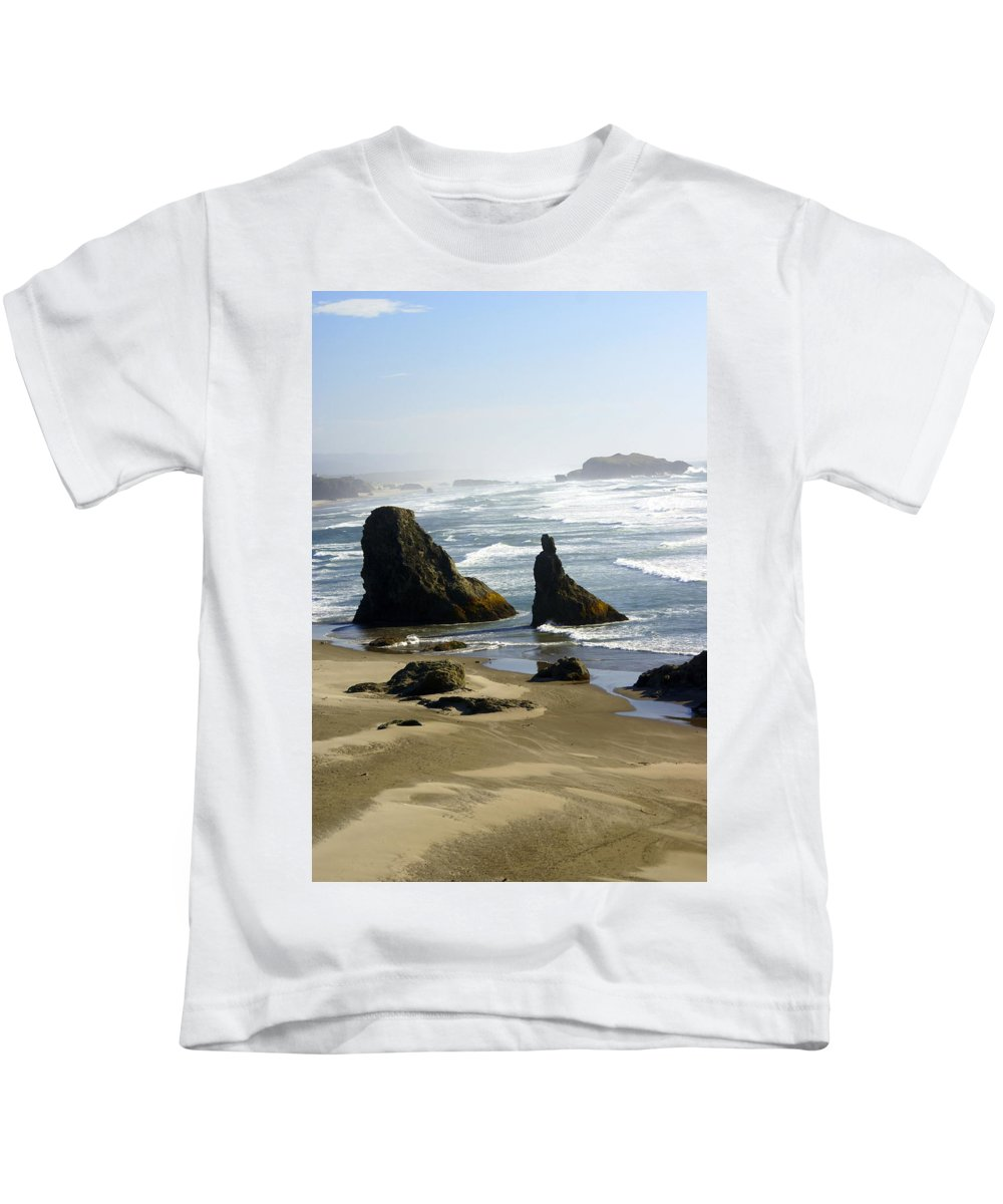 Ocean Kids T-Shirt featuring the photograph Oregon Coast 19 by Marty Koch