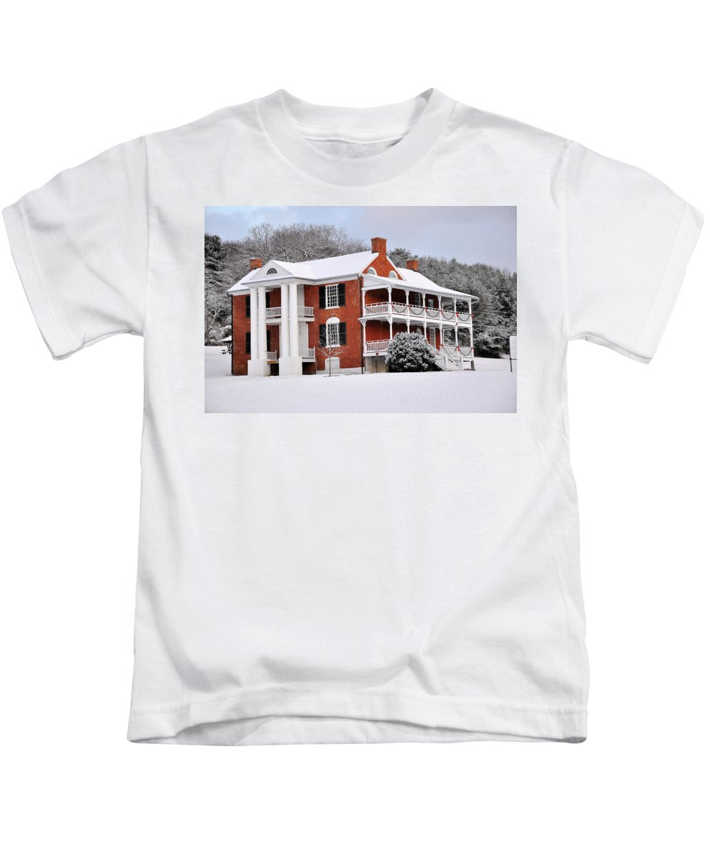 Paxton House Kids T-Shirt featuring the photograph Paxton House by Todd Hostetter