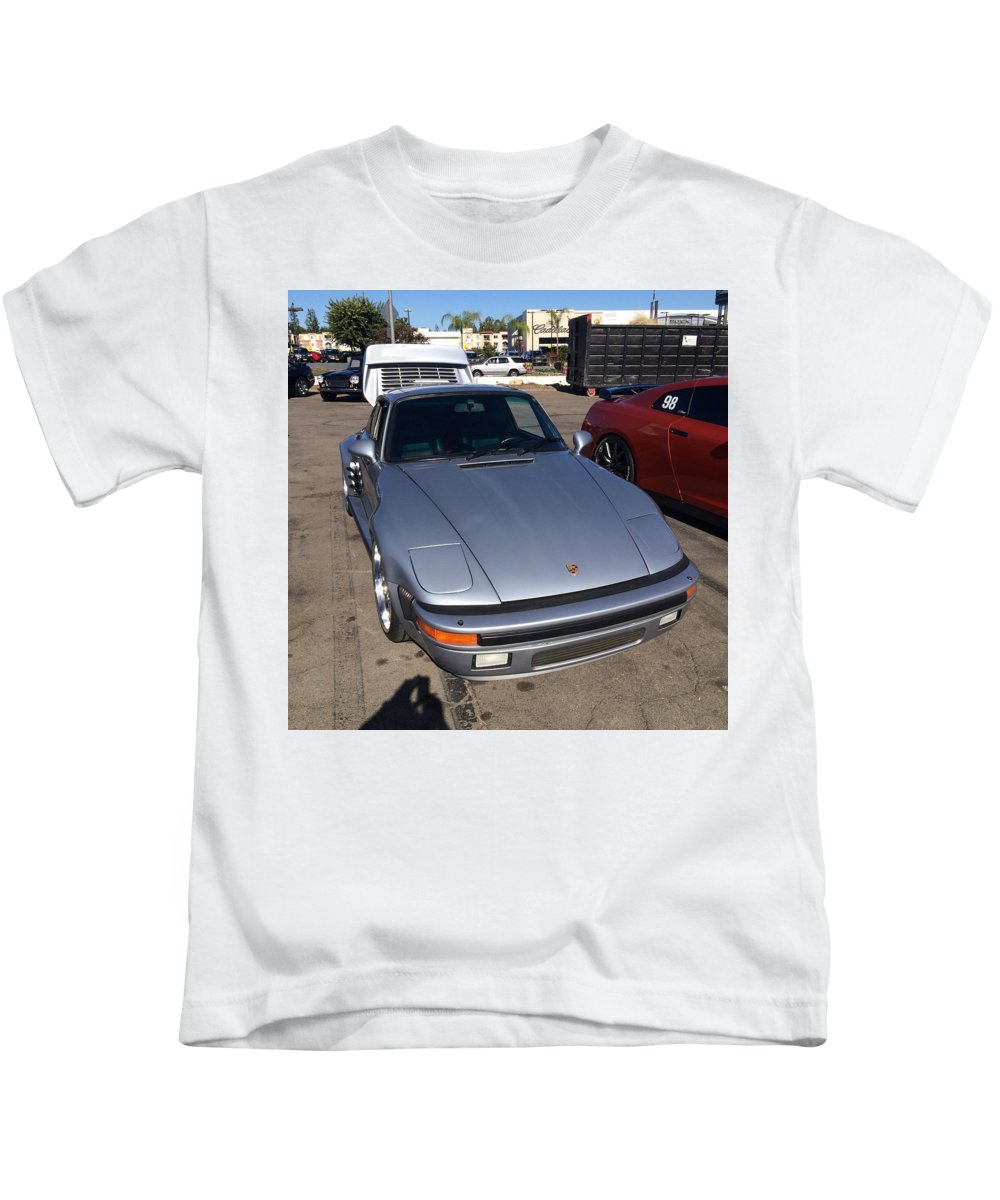 Porsche 911 Slantnose Kids T-Shirt featuring the photograph Porsche 911 Slantnose by MAG Autosport