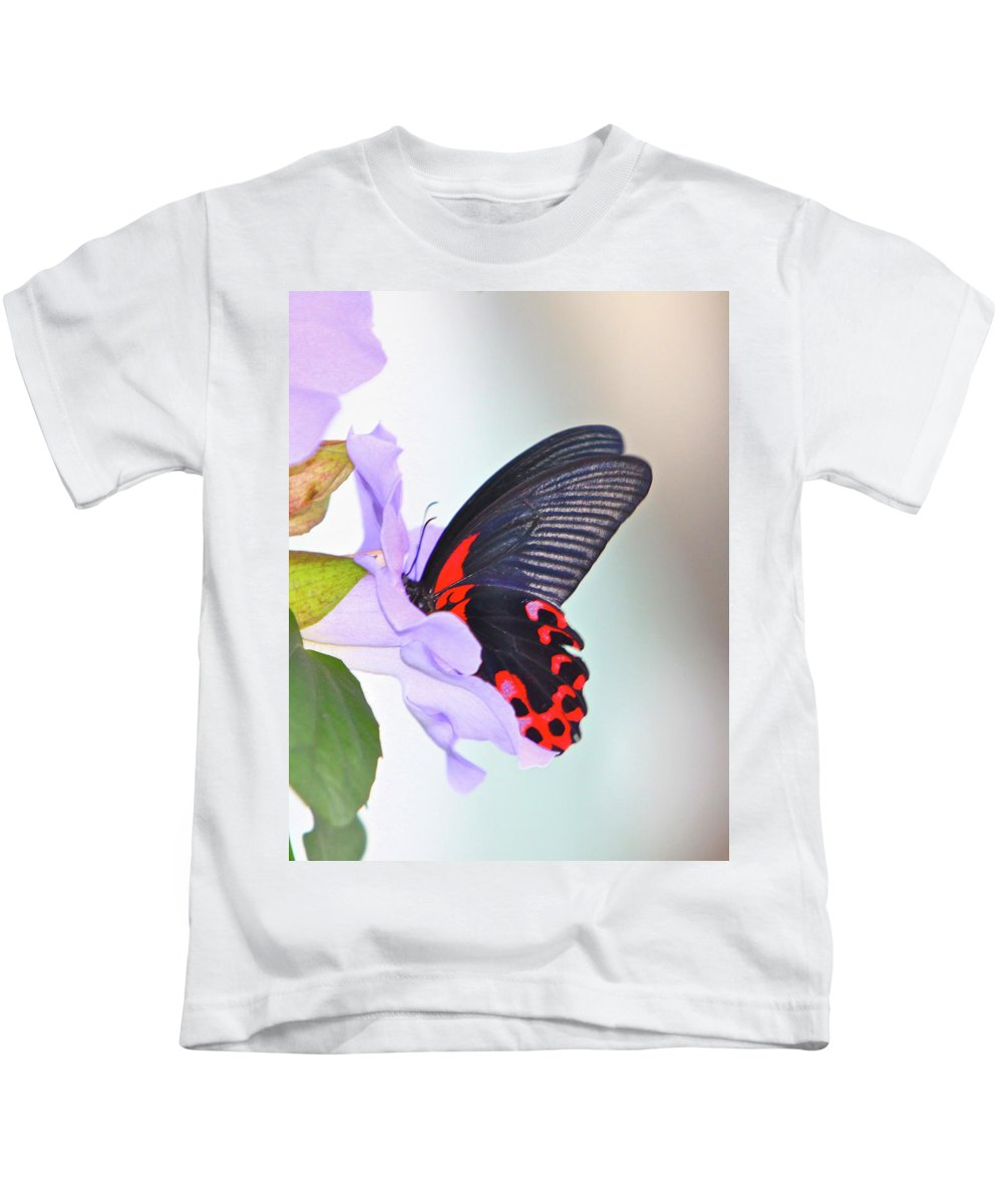 Butterfly Kids T-Shirt featuring the photograph Purple Punch by Robert Pearson