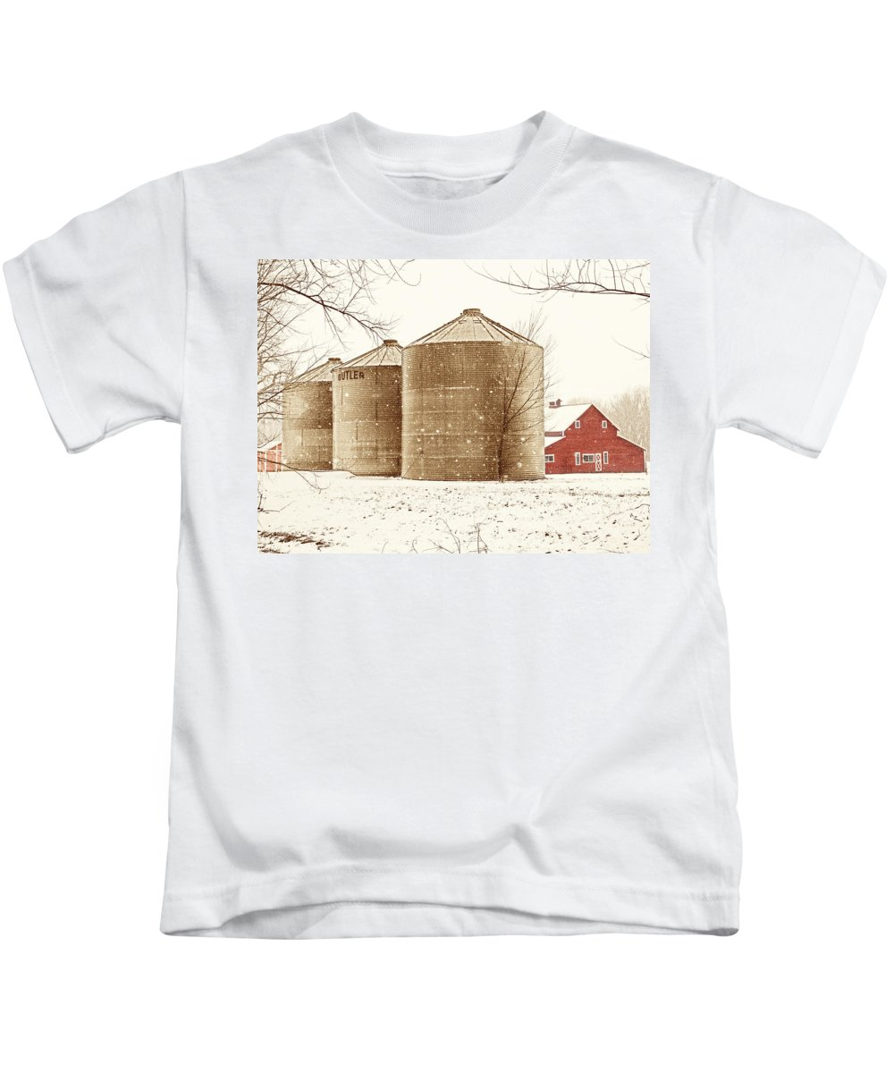 Americana Kids T-Shirt featuring the photograph Red Barn In Snow by Marilyn Hunt