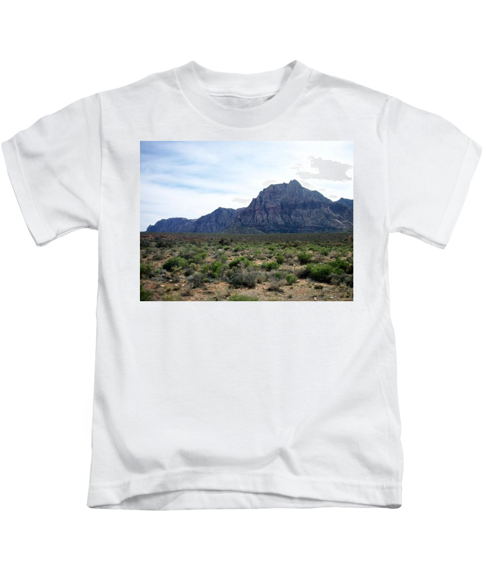 Red Rock Canyon Kids T-Shirt featuring the photograph Red Rock Canyon 3 by Anita Burgermeister
