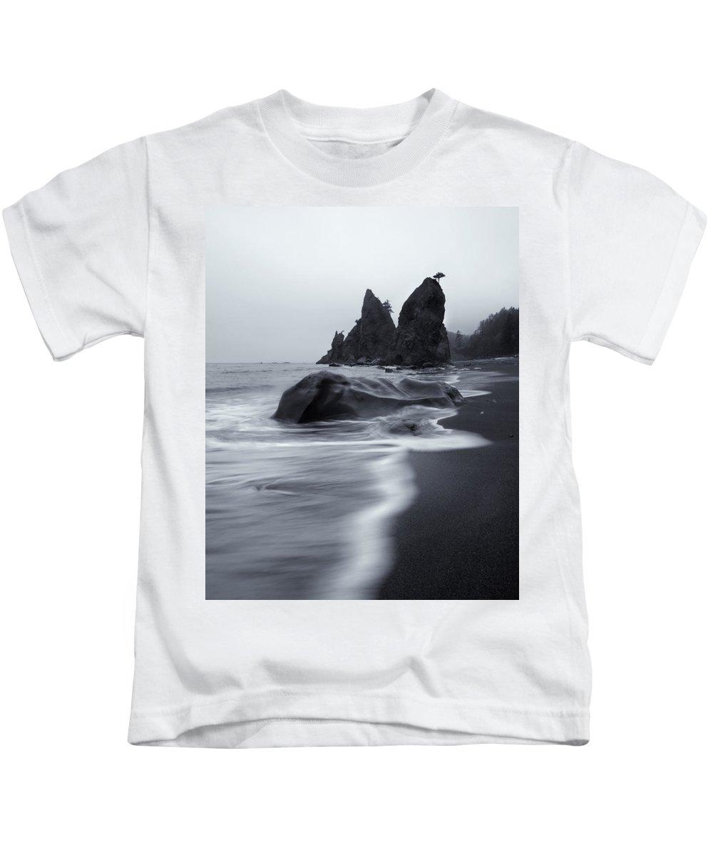 Beach Kids T-Shirt featuring the photograph Rialto View by Mike Dawson