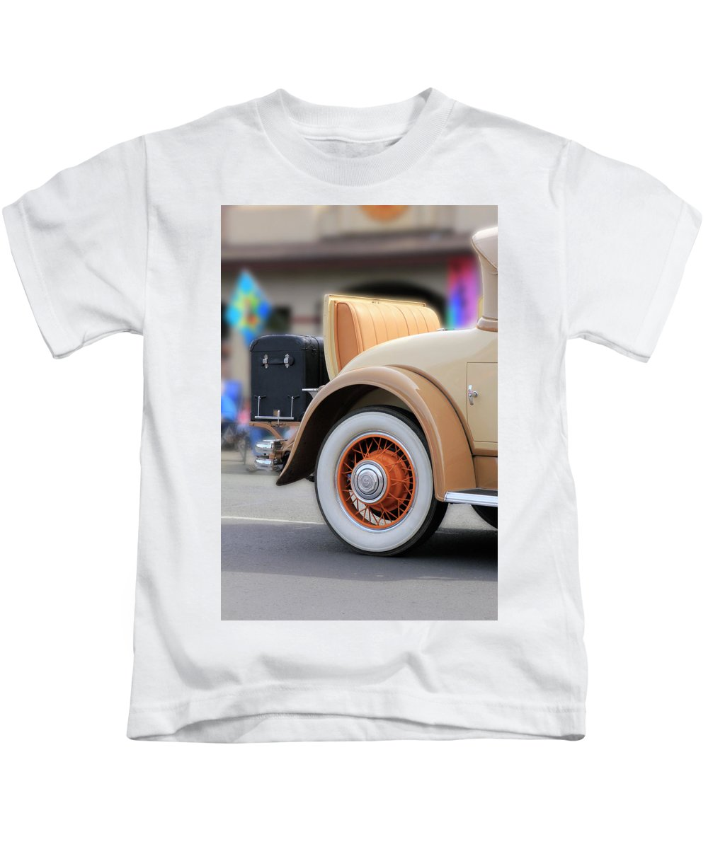 Rumble Kids T-Shirt featuring the photograph Rumble Seat by Pauline Darrow