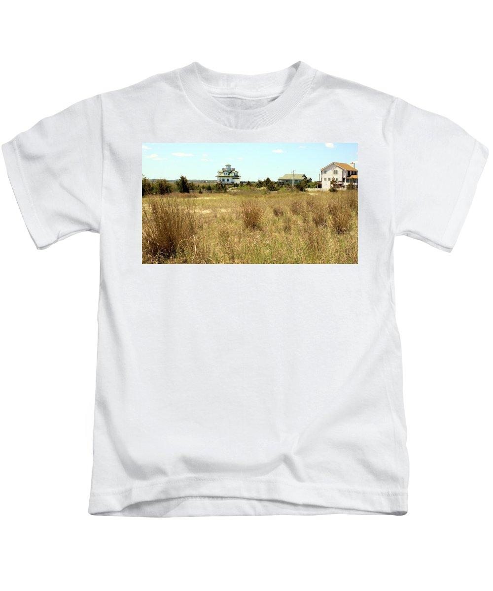 Beach House Kids T-Shirt featuring the photograph Sand Beach House by Robert McCulloch