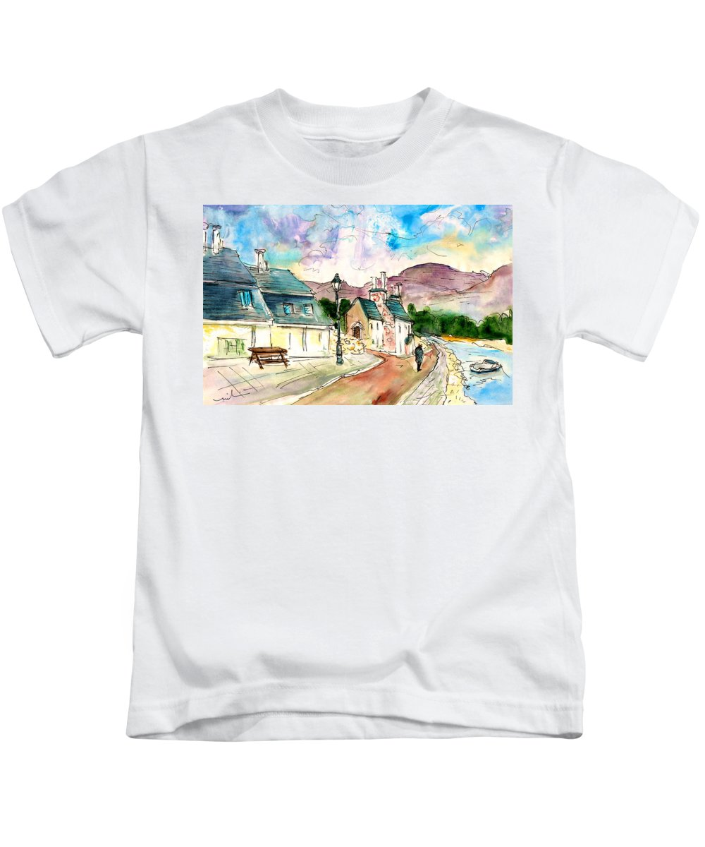 Travel Kids T-Shirt featuring the painting Shieldaig In Scotland 05 by Miki De Goodaboom