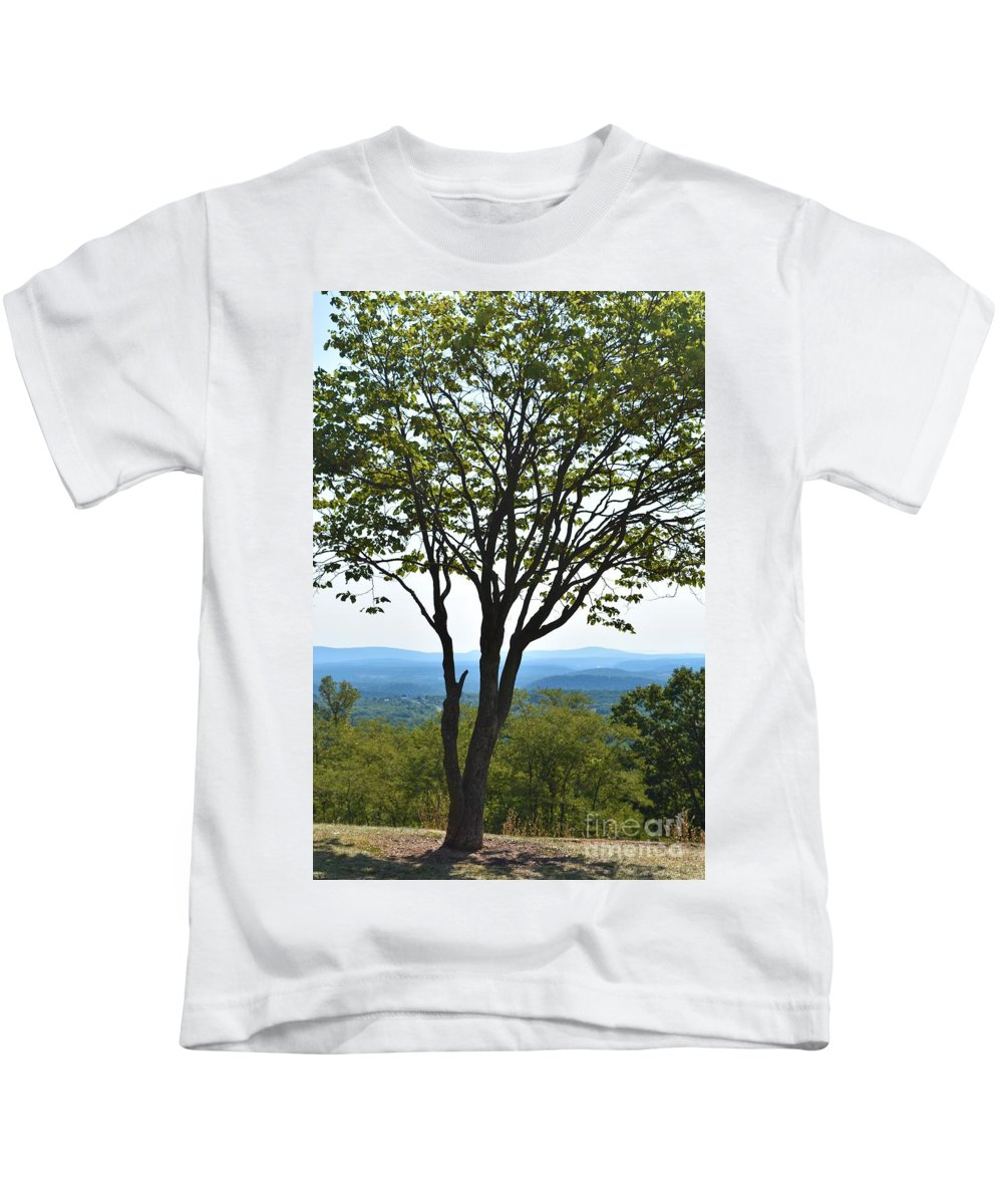 Sideling Hill Kids T-Shirt featuring the photograph Sideling Hill Lookout by Lisa Kleiner