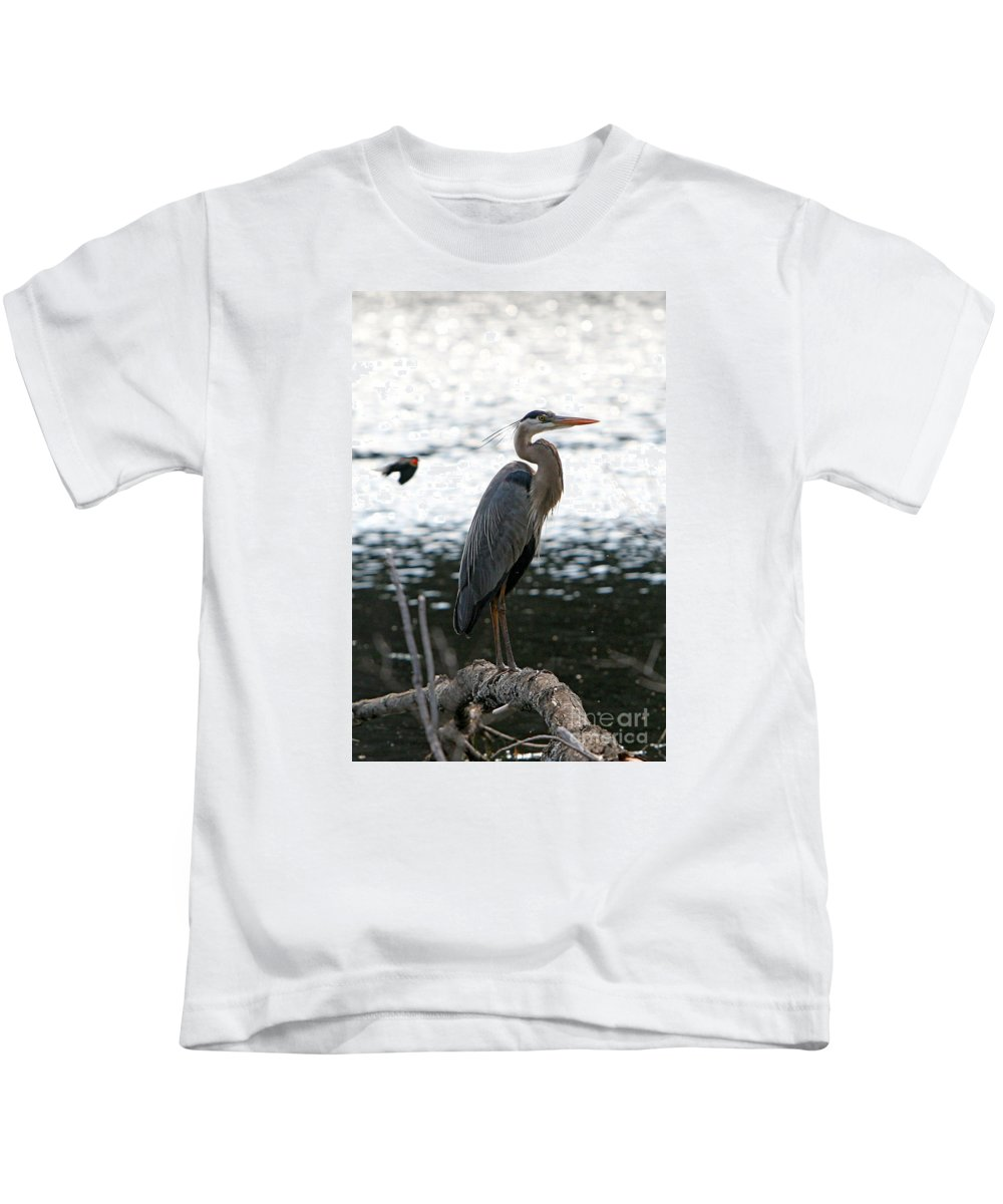Birds Kids T-Shirt featuring the photograph Standing Proud by Marle Nopardi
