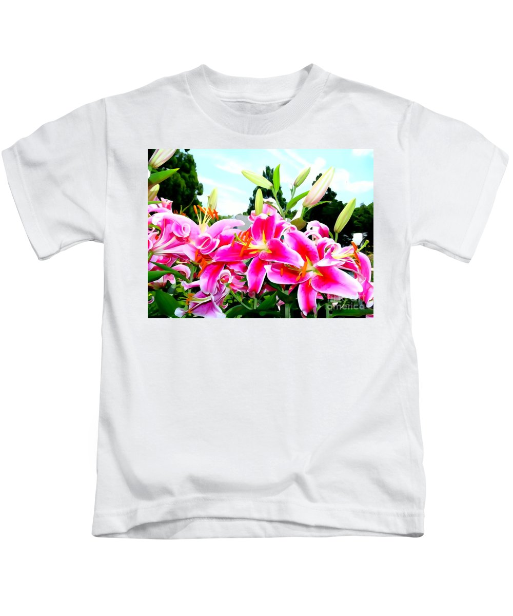 Abstract Kids T-Shirt featuring the photograph Stargazer Lilies #1 by Ed Weidman