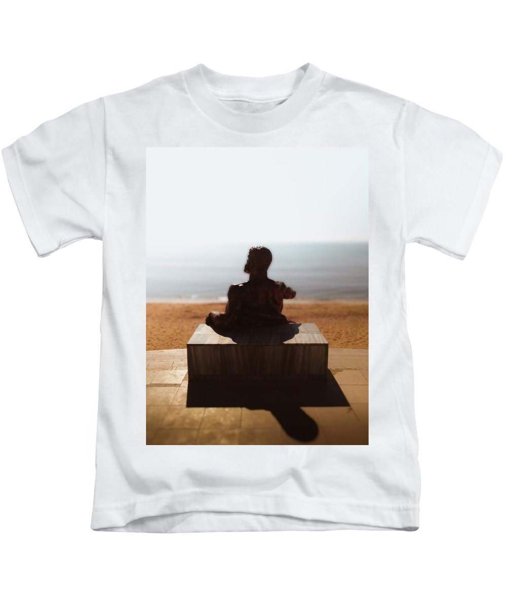 Statue Kids T-Shirt featuring the photograph Statue On The Beach by Sergey Yatsun