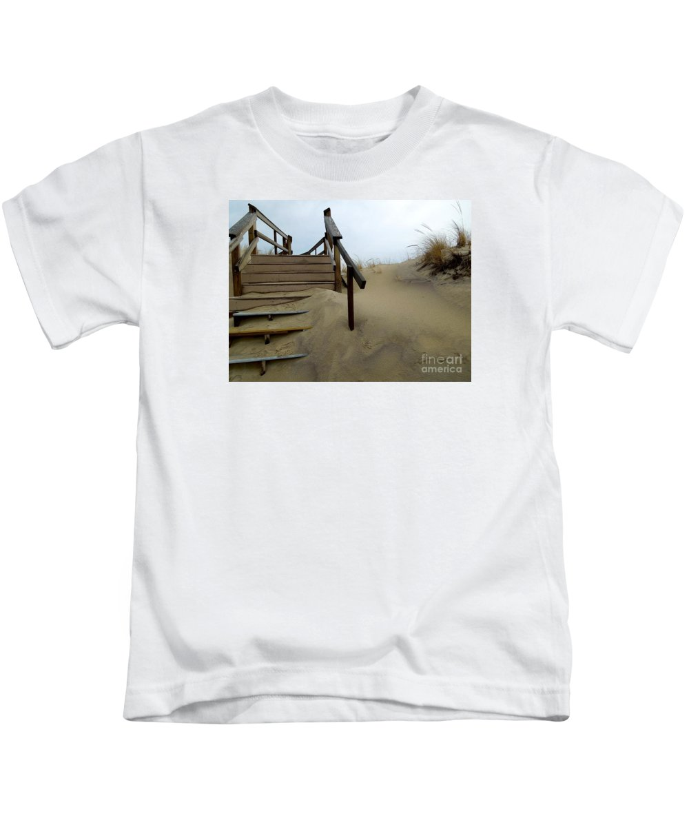 Prnwr Kids T-Shirt featuring the photograph Steps Up by Peter Gray