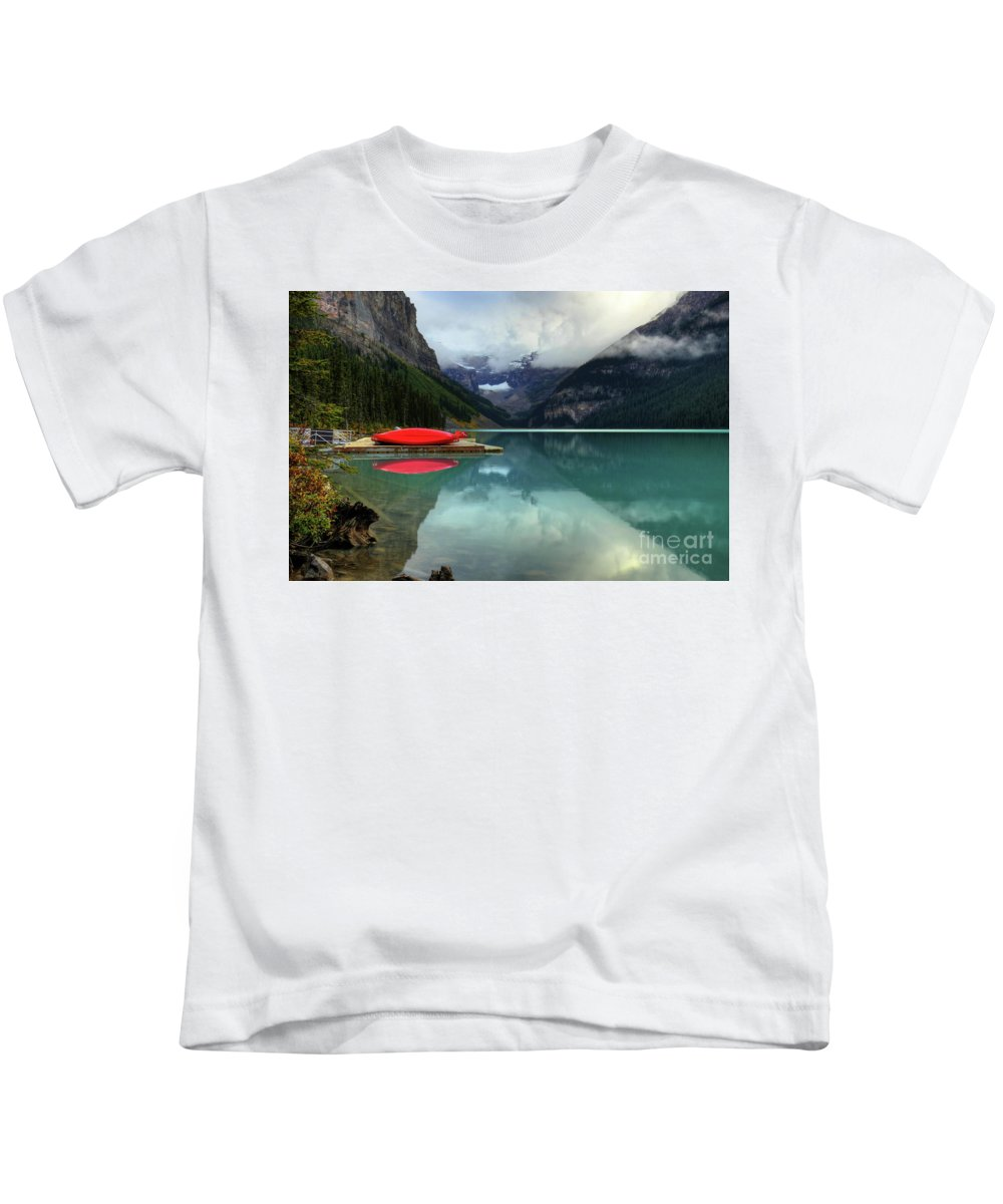 #photogtipsandtricks Kids T-Shirt featuring the photograph The Breathtakingly Beautiful Lake Louise Banff National Park by Wayne Moran
