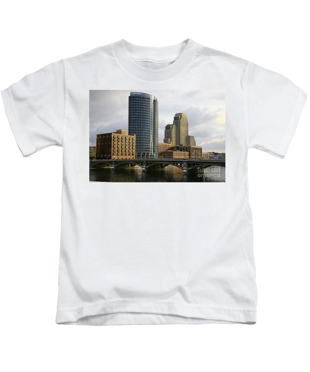 City Kids T-Shirt featuring the photograph The City Grand Rapids Mi-2 by Robert Pearson