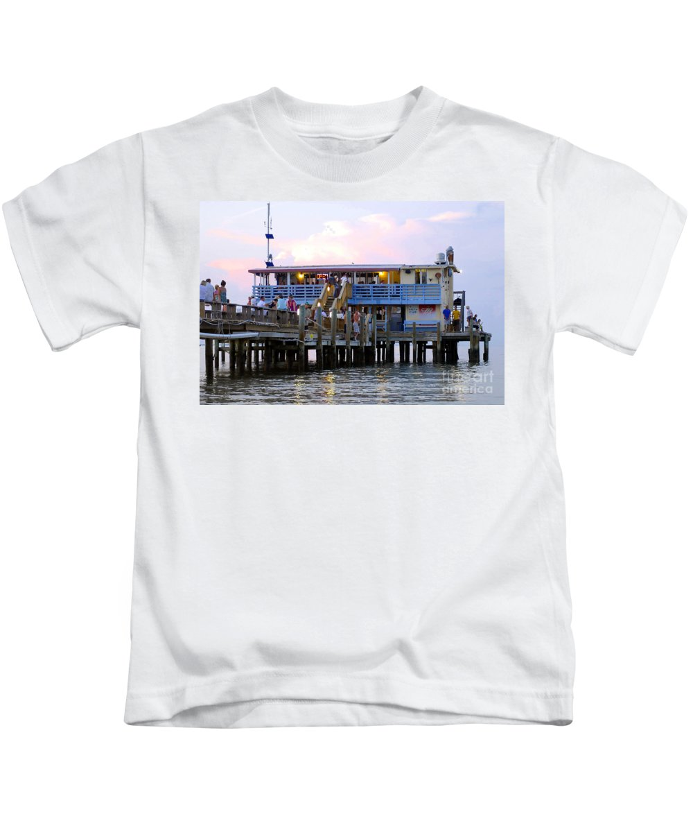 Fishing Pier Kids T-Shirt featuring the photograph The Old Pier by David Lee Thompson