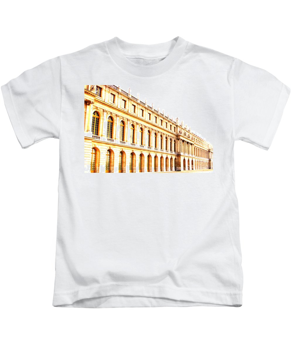 Versailles Kids T-Shirt featuring the photograph The Palace by Amanda Barcon