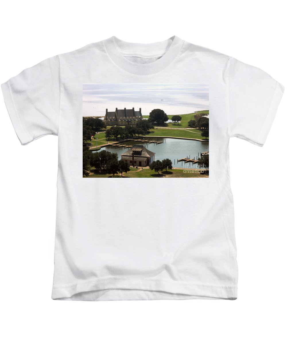 Landscape Kids T-Shirt featuring the photograph Whalehead Club And Boathouse by Paulette B Wright