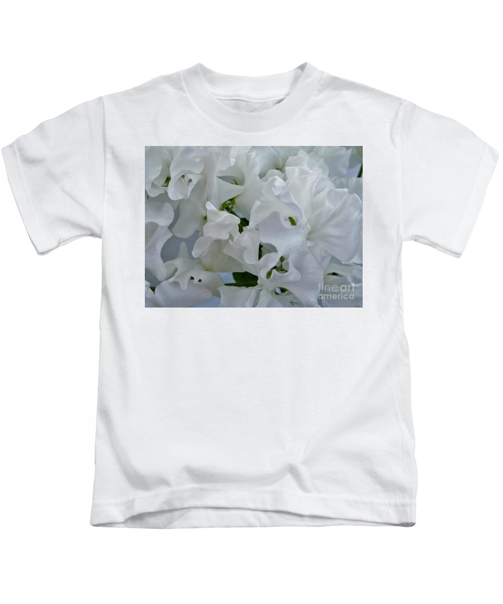 Sweet Pea Kids T-Shirt featuring the photograph White Sweetpeas by Joan-Violet Stretch