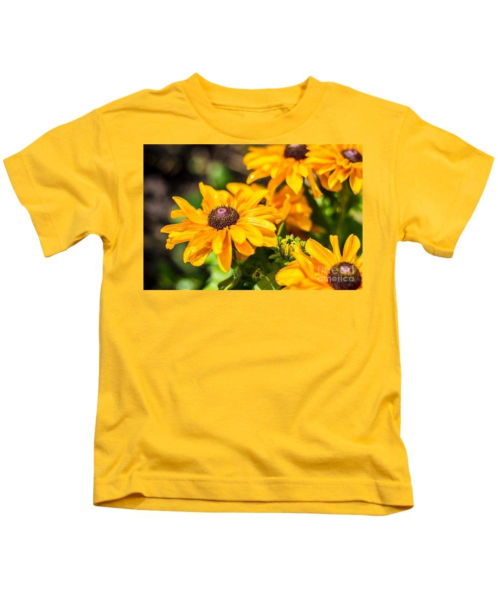 Cheryl Baxter Kids T-Shirt featuring the photograph Rudbekia by Cheryl Baxter