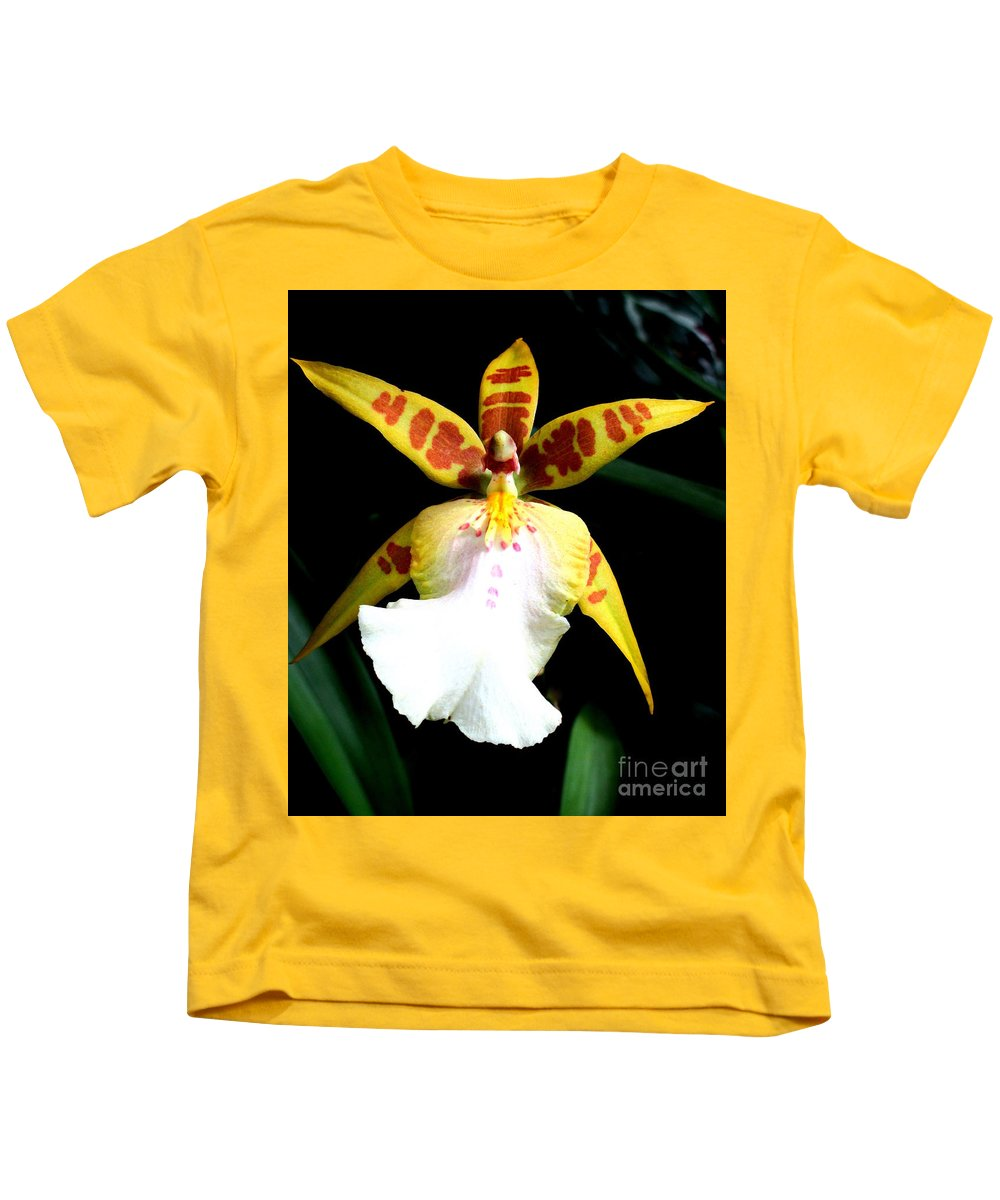 Orchid Kids T-Shirt featuring the photograph Hawaiian Orchid 32 by Randall Weidner