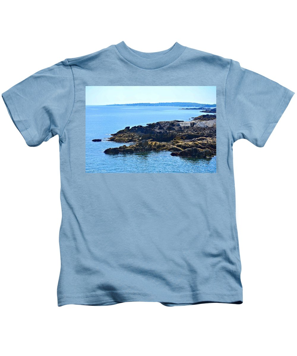 Coast Kids T-Shirt featuring the photograph Cape Elizabeth Coast by Tara Potts