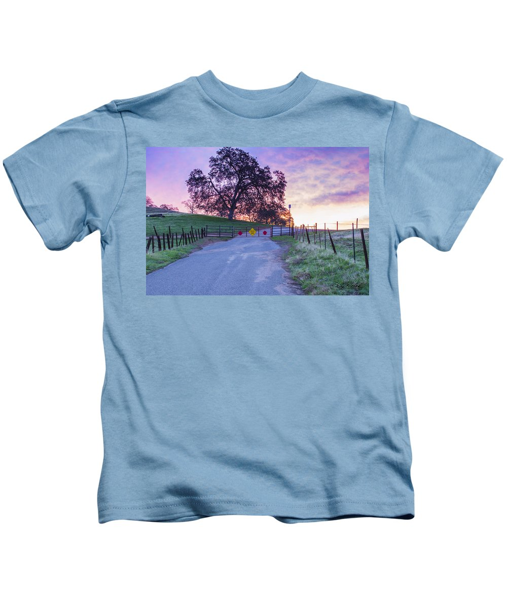 Sunrise Kids T-Shirt featuring the photograph Dead End Sunrise by Doug Holck