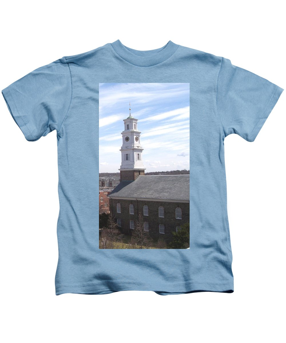Architecture Kids T-Shirt featuring the photograph Into The Blue by Pharris Art