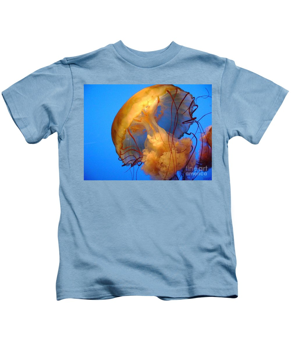 Jelly Fish Prints Kids T-Shirt featuring the photograph Jelly Fish by R A W M