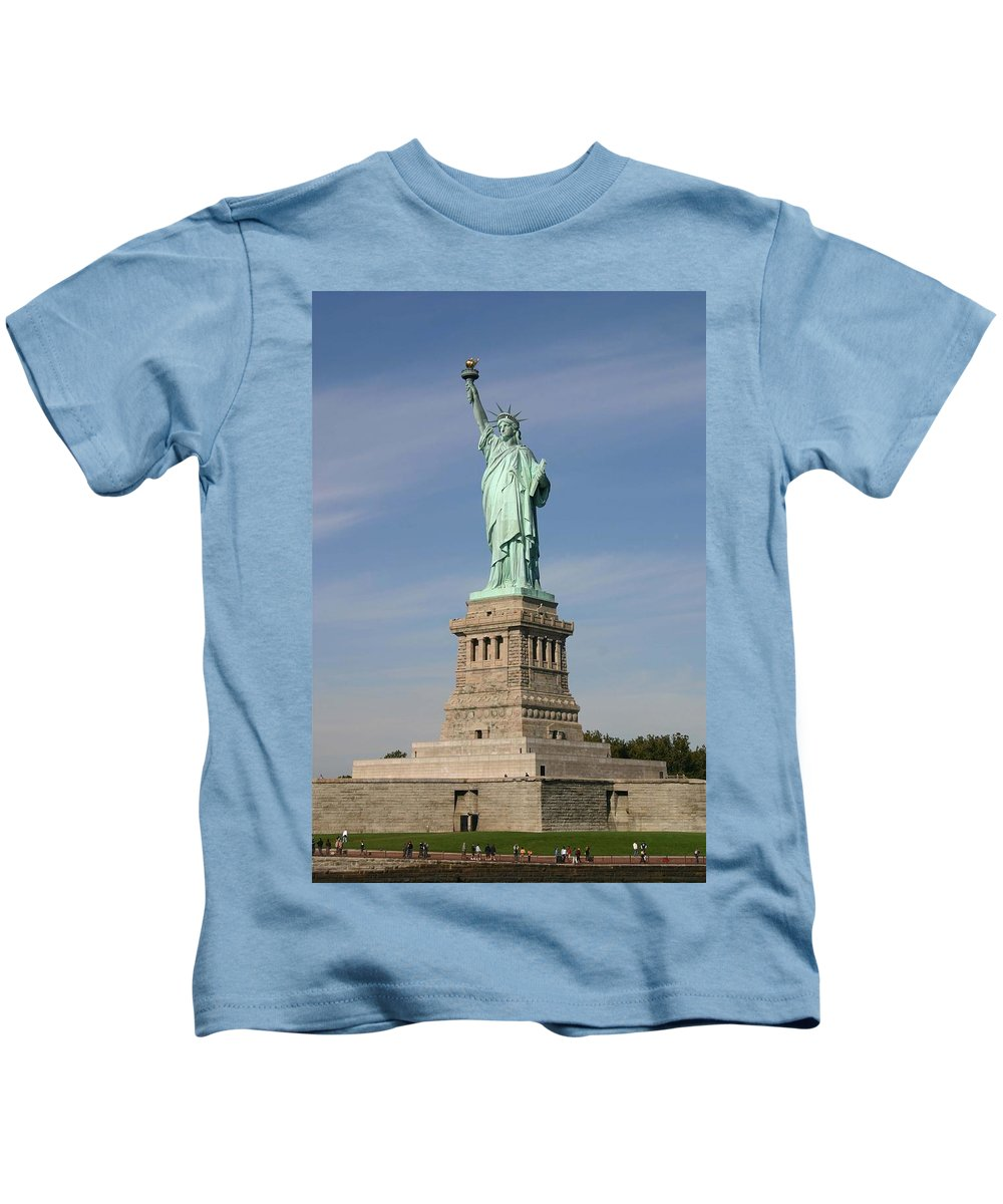 Statue Of Liberty Kids T-Shirt featuring the photograph Lady Liberty 04 by Pamela Critchlow