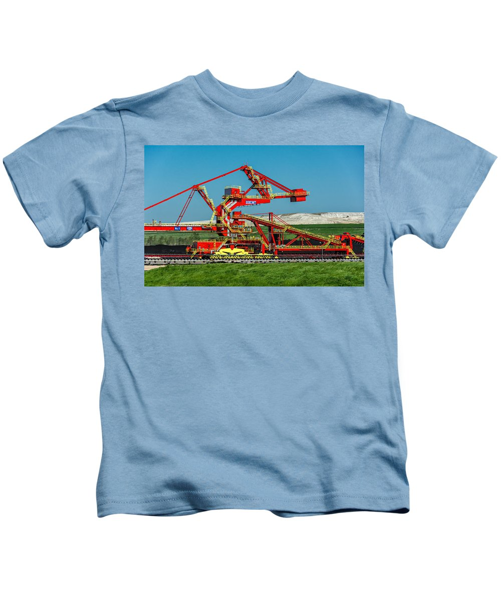 Nola Kids T-Shirt featuring the photograph Louisiana Giant 2 by Steve Harrington