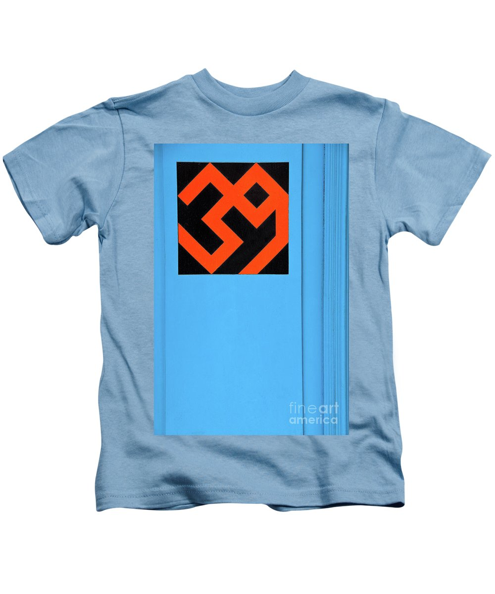 Number Kids T-Shirt featuring the photograph Number 39 by Rick Piper Photography