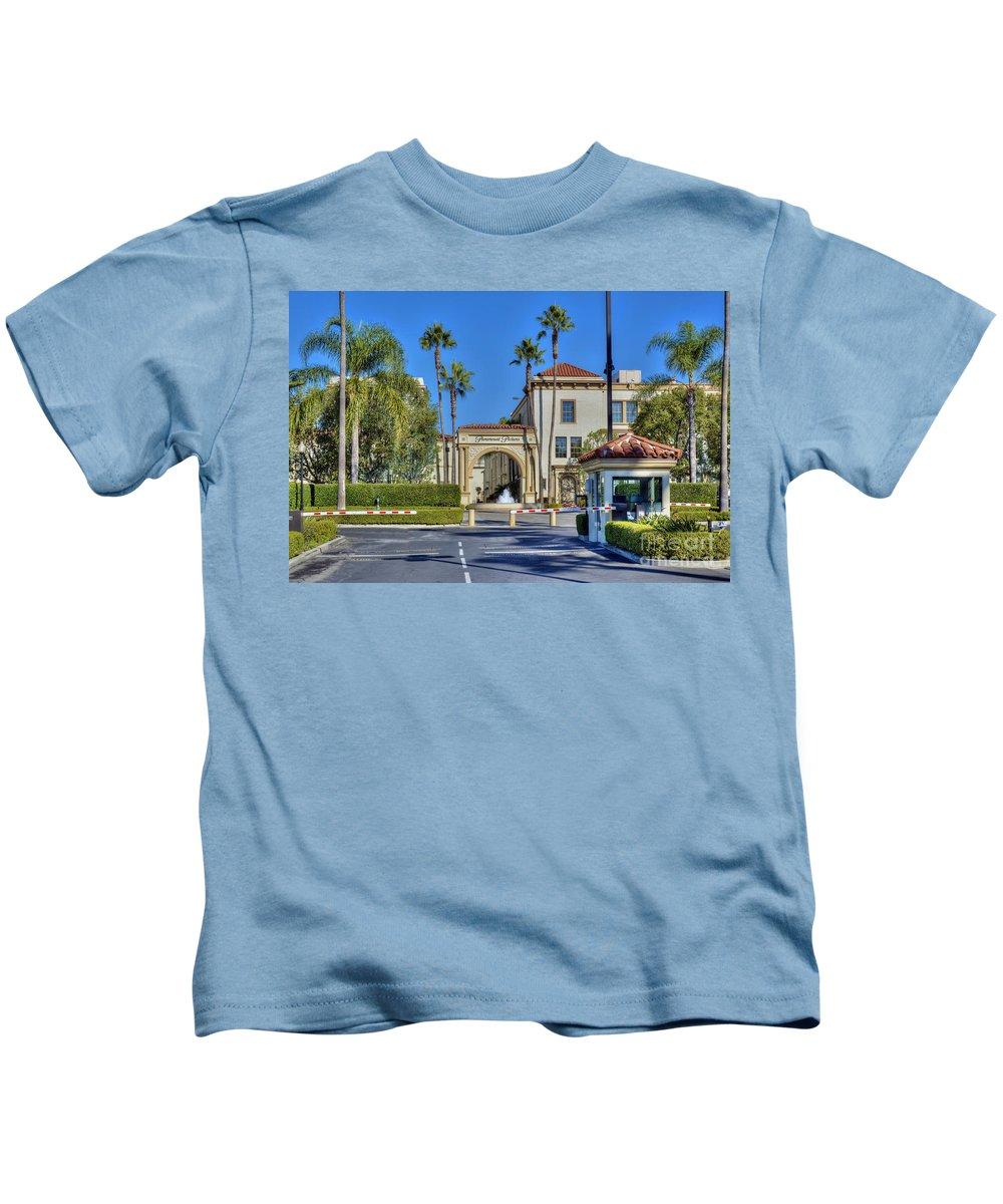 Paramount Studios Kids T-Shirt featuring the photograph Paramount Studios Hollywood Movie Studio by David Zanzinger