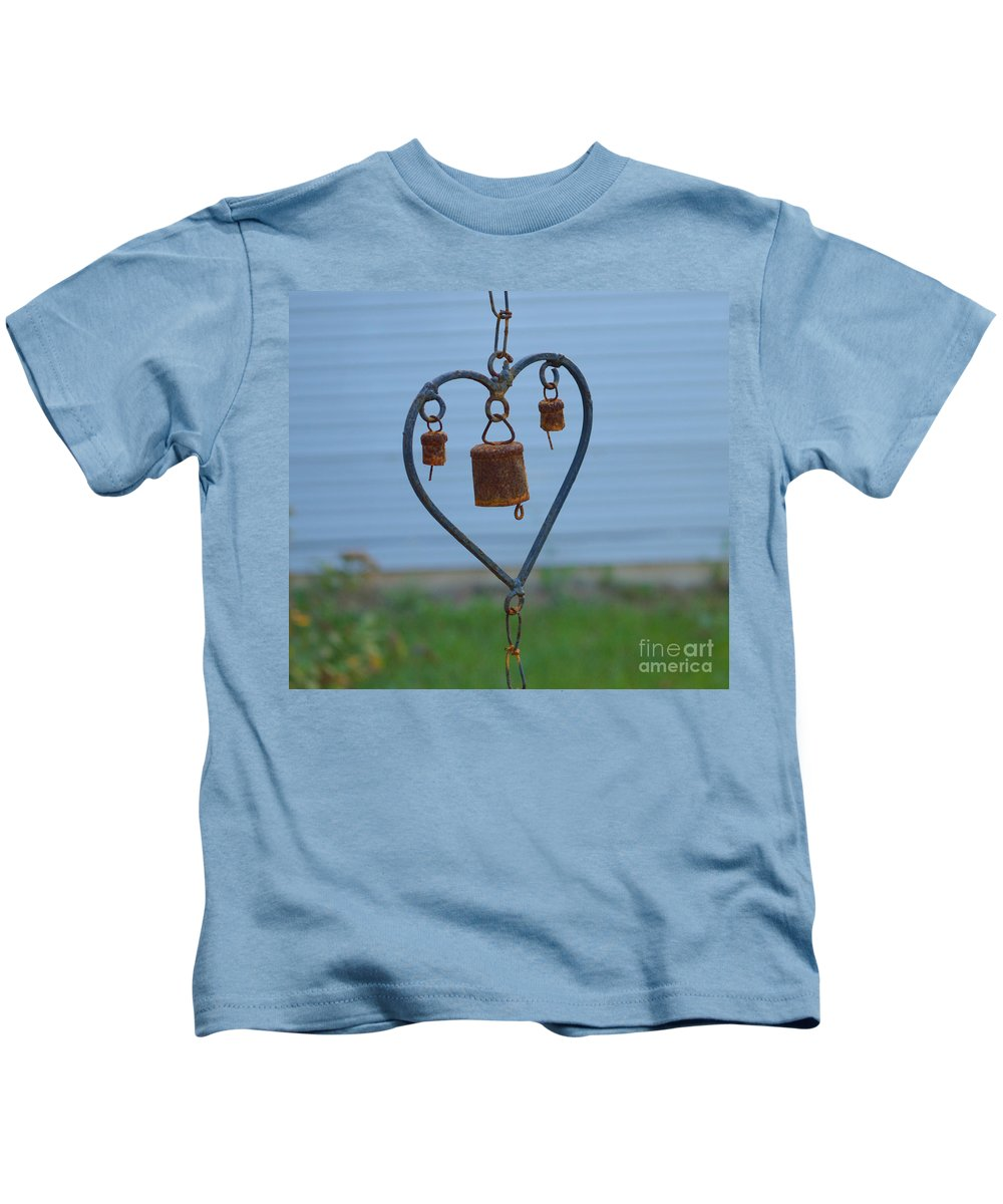 Heart Kids T-Shirt featuring the photograph Rusty Heart 2 by Alys Caviness-Gober