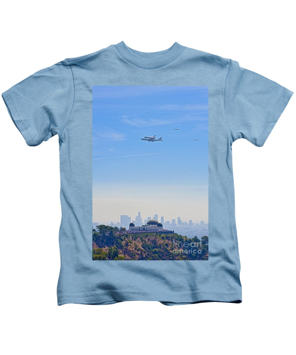 Space Shuttle Endeavour Over Los Angeles Ca Kids T-Shirt featuring the photograph Space Shuttle Endeavour And Chase Planes Over The Griffith Observatory by David Zanzinger